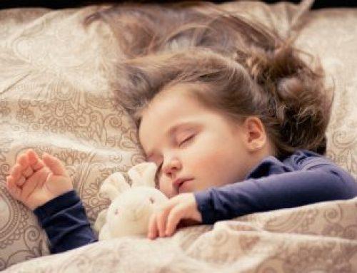 Mijn kind slaapt niet door. Wat kan ik doen?
