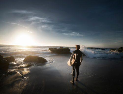 Hoe een overspannen man een kalme golfsurfer werd